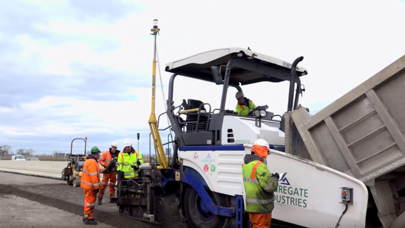 paving control on asphalt paving machine